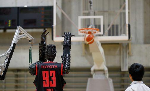 Toyota'nın robot basketbolcusu