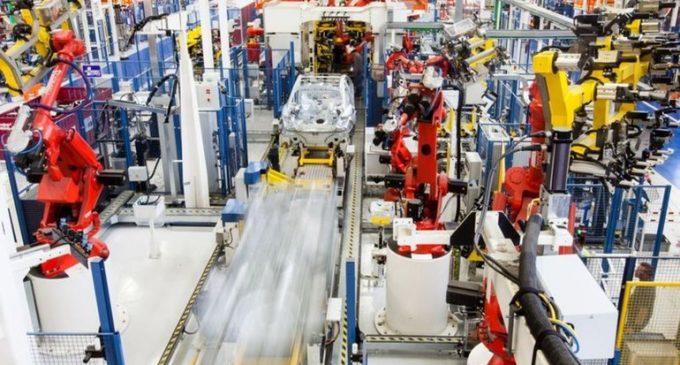 Üretimi ticari araç sırtladı