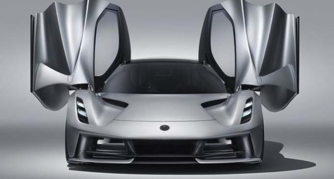 Lotus elektrikli markaya dönüşüyor