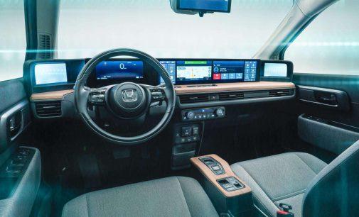 Honda E'de 6 dijital ekranlı kokpit