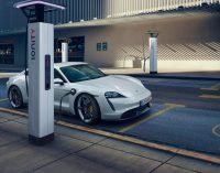 Porsche'lerin yarısı elektrikli olacak