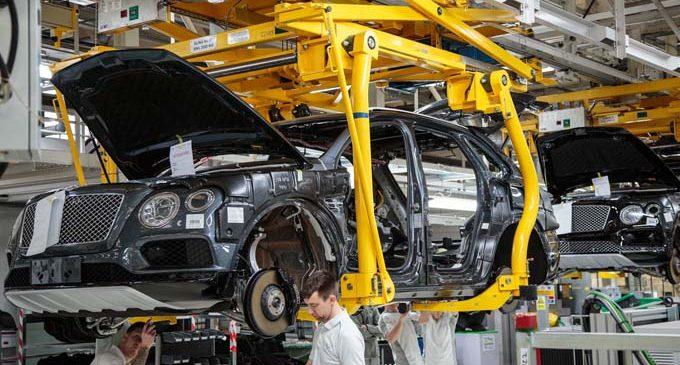 Jaguar-Land Rover ve Bentley tesisleri kapattı