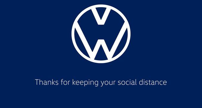 Logo ile sosyal mesafe mesajı veriyor