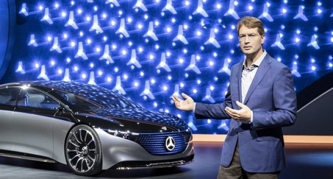 Daimler CEO'su da 'Feda' dedi
