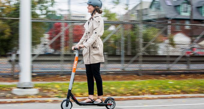 Elektrikli scooter'a ehliyet şartı