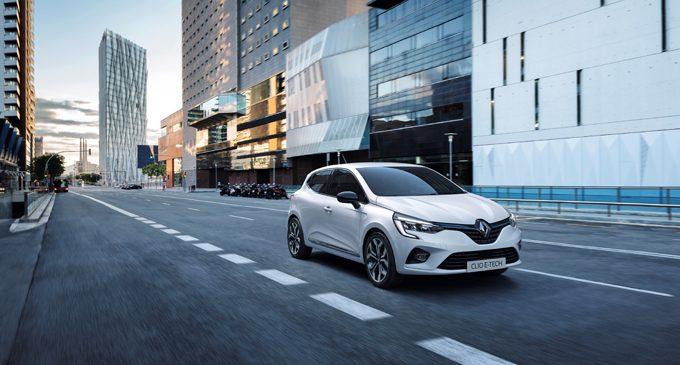 Hibrit Clio son çeyreği bekliyor