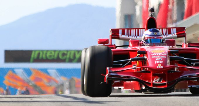 Formula 1'e 100 bin kişi bekleniyor