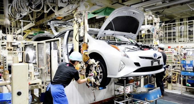 Toyota 5 yıl sonra dünya lideri