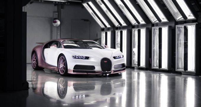 Sevgililer Günü hediyesi Bugatti