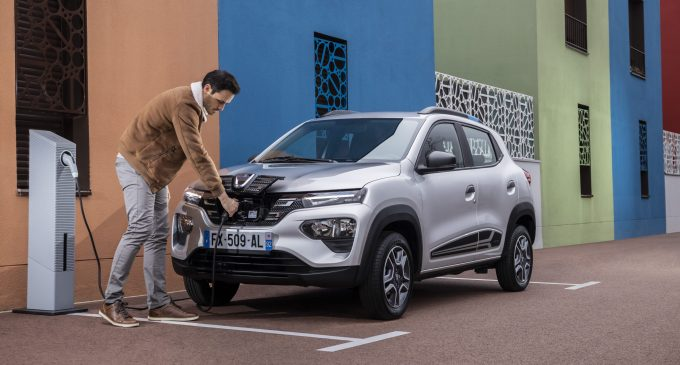 Elektrikli Dacia 10 bin sipariş aldı