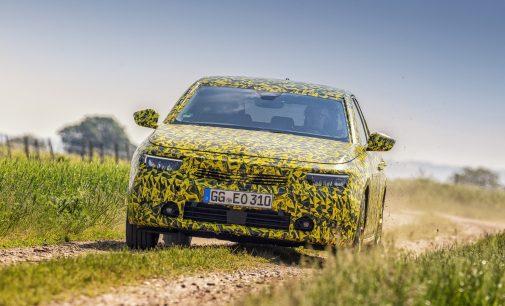 Yeni Astra tam Alman olacak