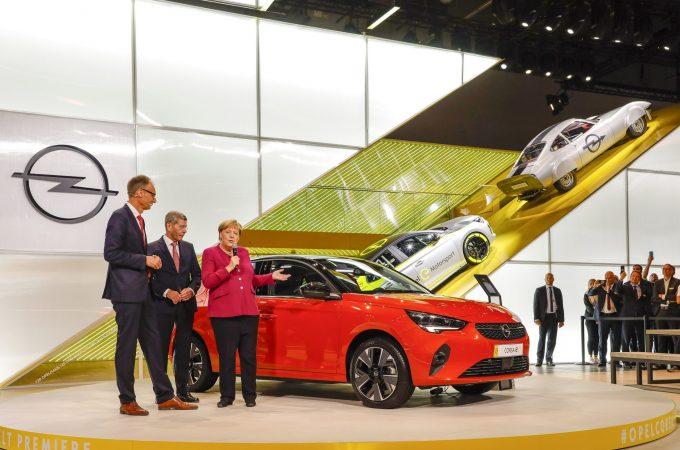 Münih Fuarı'nda Opel sürprizi